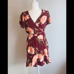 Gorgeous xhilaration Target flower sheath dress